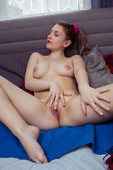 Isabele - Perky (2020-10-26)